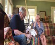 After losing his brother a few years ago, this man and his wife decided to tell his parents about their pregnancy in a special way. The couple wrapped a pair of tiny shoes and gave them to his dad. When the would-be grandpa opened the present and saw what was inside, he started crying. His wife looked at him in confusion and peeped inside the wrapping paper. When she saw the surprise, she also started crying. She hugged her daughter-in-law while the man sobbed emotionally.