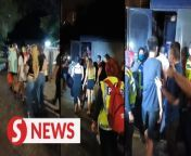 Sixteen Vietnamese women, believed to be guest relation officers (GRO) who offer sex services, were detained along with six men following a raid at a bungalow in Taman Yarl, Jalan Klang Lama on Tuesday (Oct 12).<br/><br/>Read more at https://bit.ly/3BQWkYl<br/><br/>WATCH MORE: https://thestartv.com/c/news<br/>SUBSCRIBE: https://cutt.ly/TheStar<br/>LIKE: https://fb.com/TheStarOnline